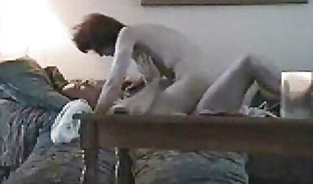 Trẻ, tóc đỏ say sưa ngựa một thủ dâm phim sec thu moi
