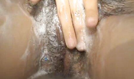 Xấu hổ sec nguoi va cho trẻ Nhật bản giật mình trong phòng tắm khi,