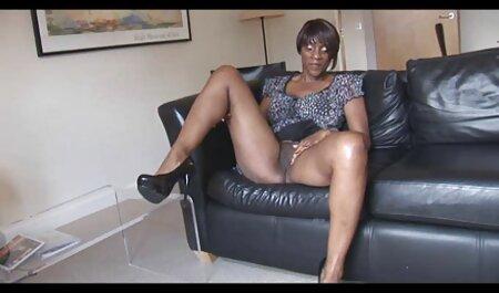 Sexy Stills trong phim với sự tham gia của phim sec thu vat Nicole Nicole là nổi tiếng