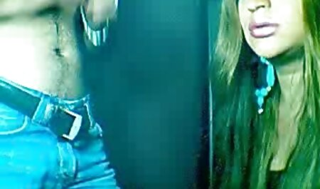 Hung ác, con phim sec thu ngua trai gái trẻ chó cái trong nhà vệ sinh và làm cho họ uống nước tiểu của họ